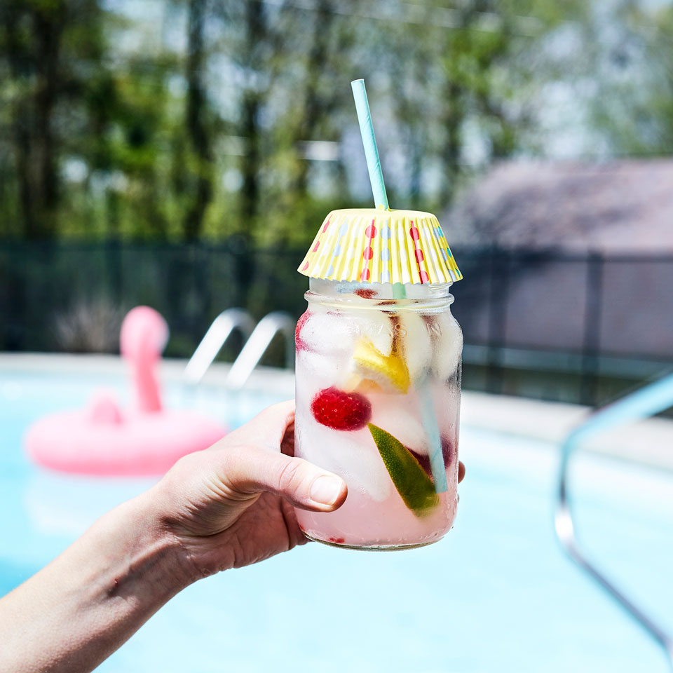 Make a Splash This Summer with a Poppin' Pool Party - Evite  |Best Pool Food