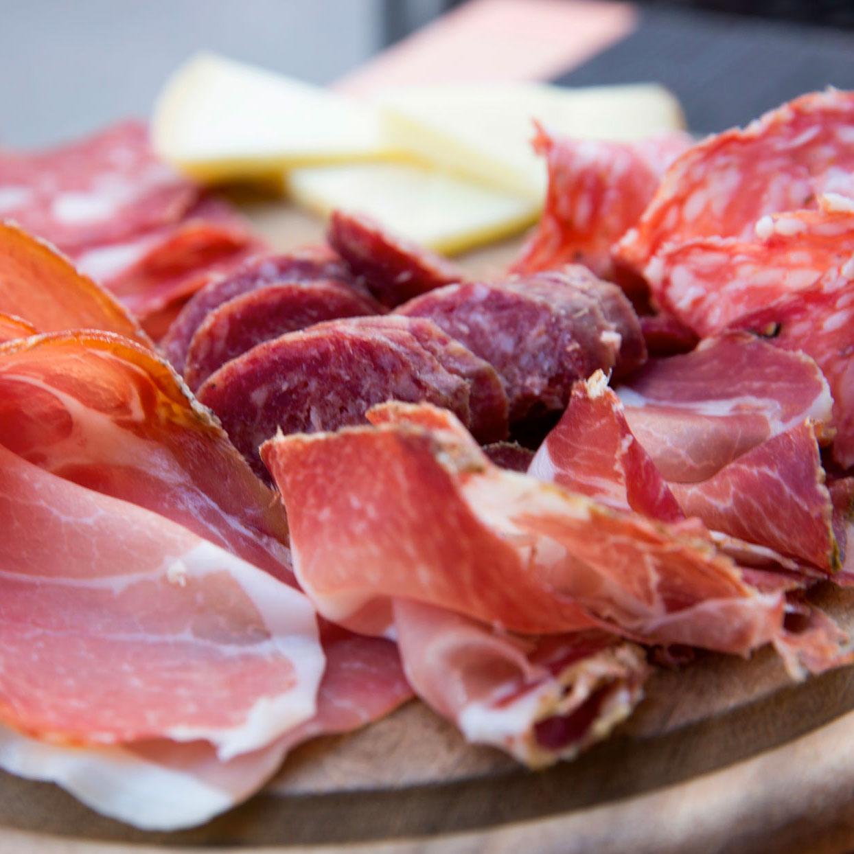 CDC Warns of Listeria Outbreak in Deli Meats Responsible for 10 Hospitalizations and One Death
