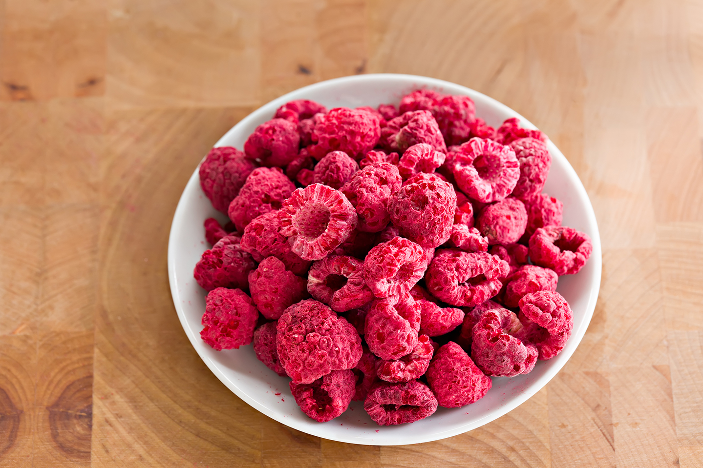 Freeze-dried raspberries